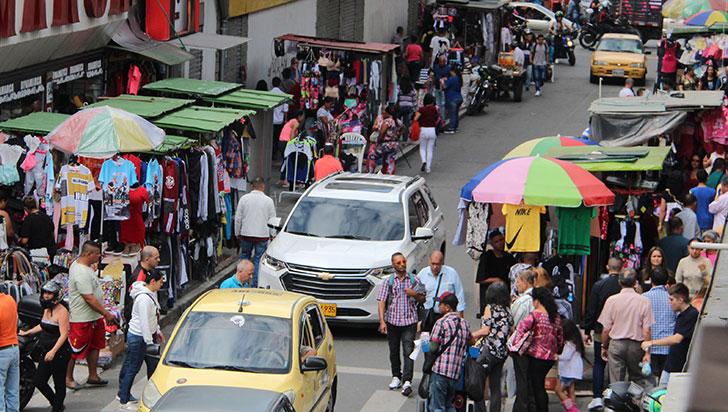 """""""La reconstrucción económica de Armenia no se soluciona abriendo locales"""""""