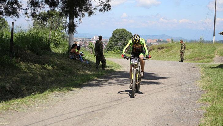 En Calarcá hay gran volumen de ciclistas los fines de semana
