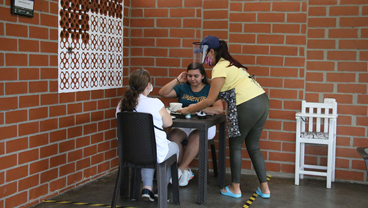 En Armenia buscan habilitar servicio en mesa de todos los restaurantes formales y activos