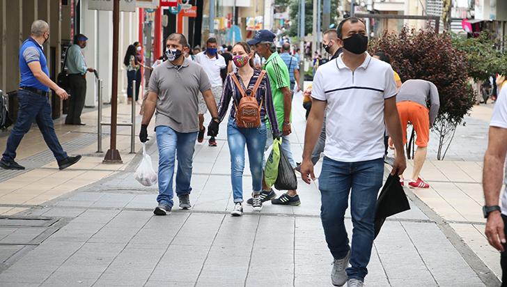 En segundo día sin Iva en Armenia, se evidenció actividad en el centro