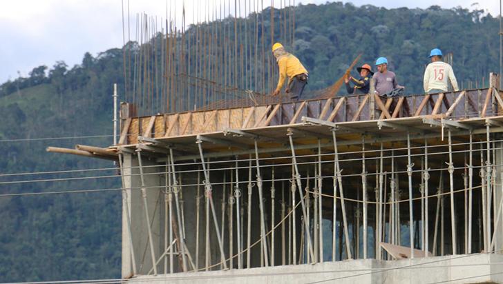 Autoridades hacen antesala para que sector constructor sea incluido en las Zese