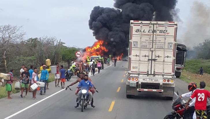 Aumentan a 21 muertos por incendio de camión cisterna en Tasajera
