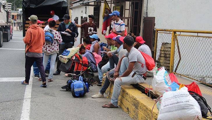 Más de 90.000 venezolanos han abandonado Colombia durante crisis de COVID-19