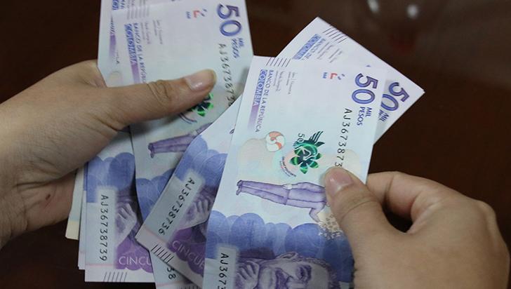 Caída histórica de remesas con destino al Quindío, más del 35 %