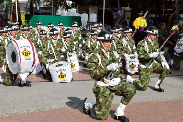 Con desfile conmemoraron grito de Independencia