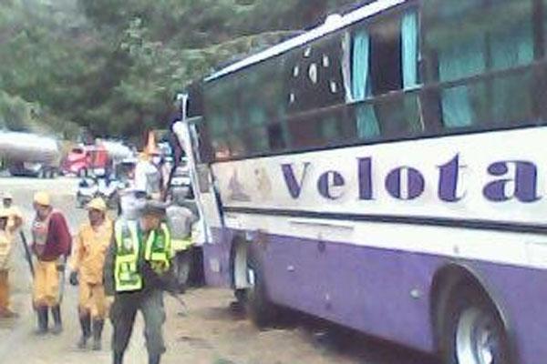 Un muerto y dos  heridos en accidente en sector de La Línea