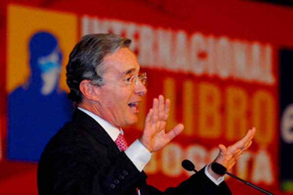 Ley del libro no debe limitarse en el tiempo, asegura el Presidente Uribe