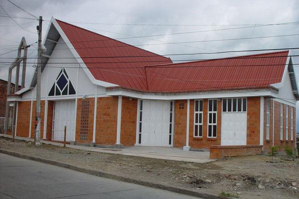 Robaron 'valioso' jarrón de parroquia del barrio La Unión