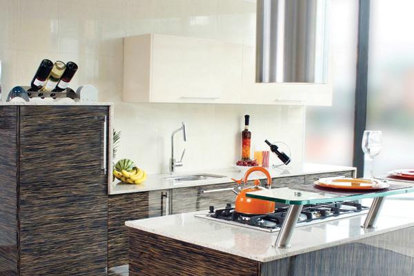 Ltimos dise os en cocinas corona la cr nica del quind o for Ultimos modelos de cocinas
