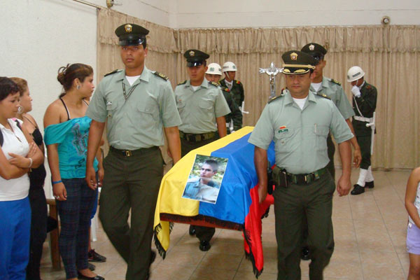 En La Tebaida fue sepultado auxiliar de la policía muerto en Antioquia