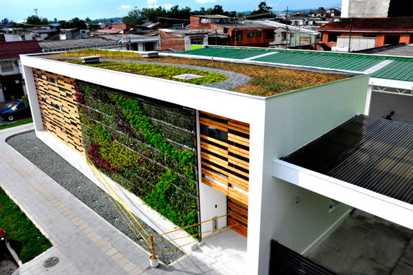 Edeq estrenó primer edificio bioclimático del Quindío