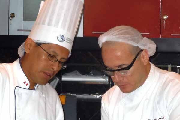 Taller de cocina molecular la cr nica del quind o for Gastronomia molecular pdf
