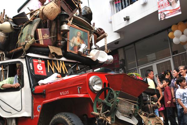 Desfile del Yipao celebra mañana 25 años de creado