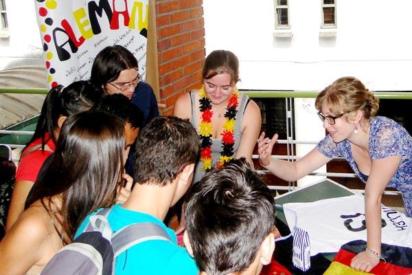 Con 'Global Village' se conocieron ofertas profesionales en el exterior
