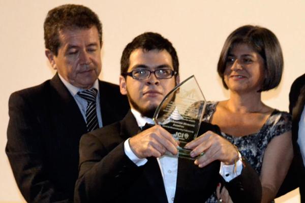 Juan Sebastián Meneses, un líder que le ganó la batalla a la discapacidad