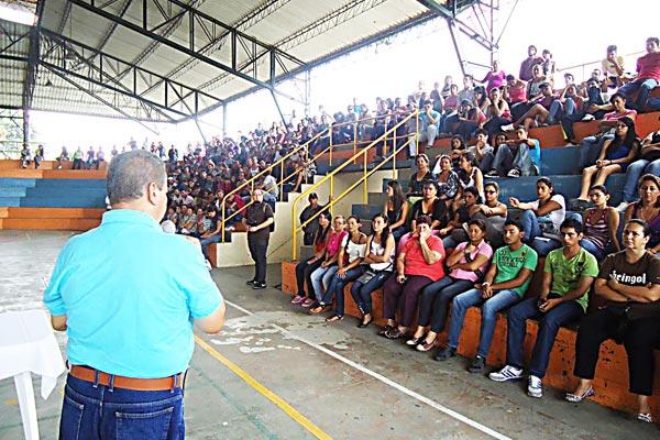 Desde el viernes, estudiantes de La Tebaida recibirán subsidio