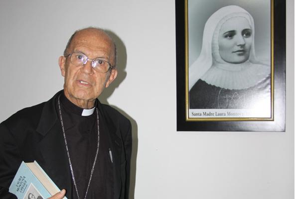 Monseñor Giraldo lideró proceso para que beata Laura fuera declarada santa