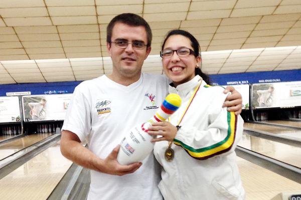 Daniela Camacho obtuvo título nacional en bolos