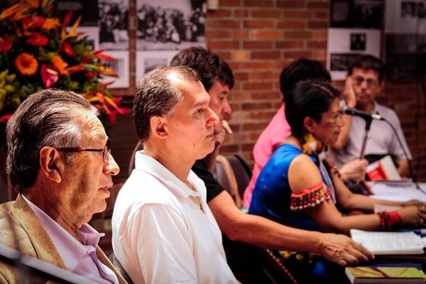 Sharupi, Rodowska y Martos cerraron festival de poesía