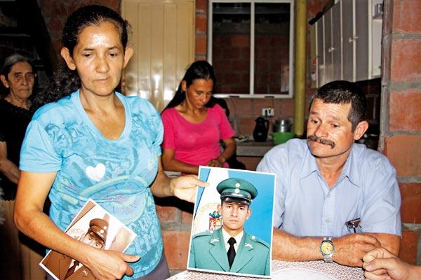 Tres familias en el Quindío lloran a sus hijos asesinados vilmente por las Farc