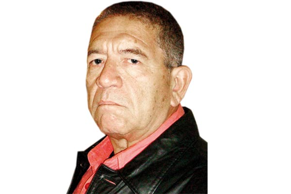 """""""La ministra de Cultura quiere cobrarme mi posición crítica"""""""