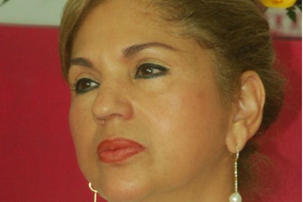 Amparo Arbeláez habría recibido $100 millones de empresas de chance