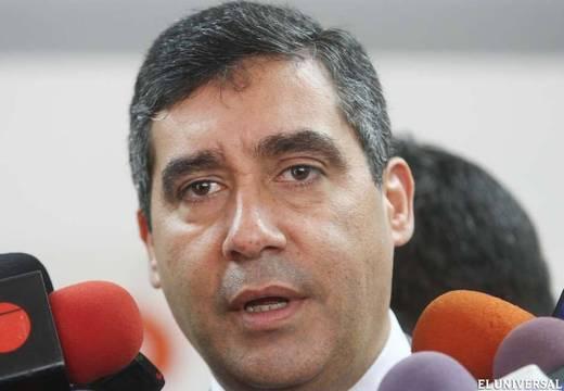 """Todos somos Venezuela: Ministro del interior llama """"show político"""" a las denuncias sobre torturas"""