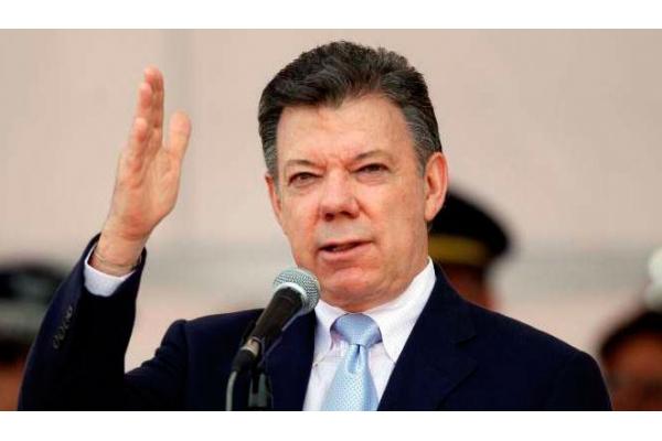 Tres cancilleres de Unasur preparan diálogo gobierno-oposición en Venezuela