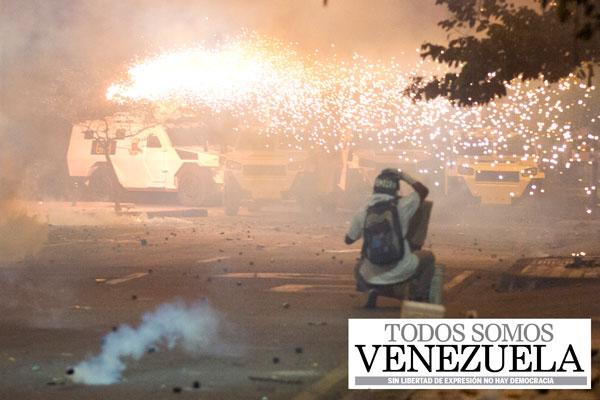 Las barricadas no duermen en San Cristóbal