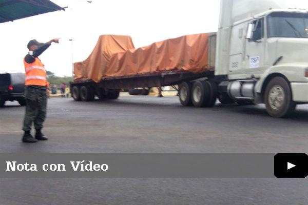 Primer camión con papel ya entró a Venezuela