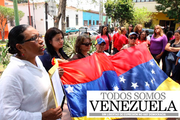 """Implementación de tarjeta de """"racionamiento"""" fue rechazada por la Mesa de Unidad Democrática en Venezuela"""