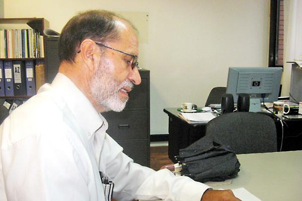 Docente uniquindiano presentó su nuevo libro en Bogotá