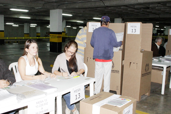 Desde Hoy Comienzan Las Votaciones En El Exterior Para La Presidencia La Cr Nica Del Quind O