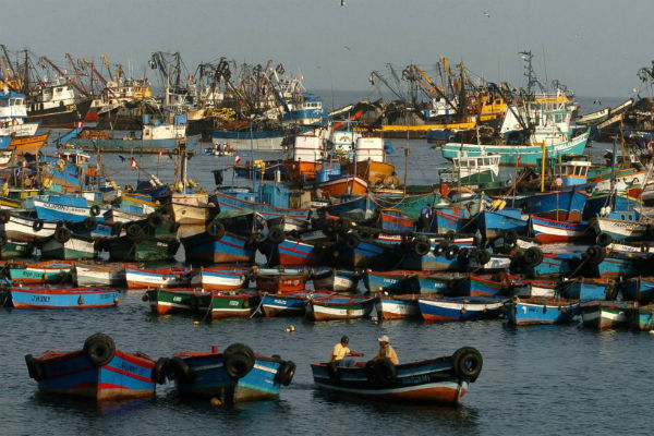 4 muertos y 10 heridos en Perú por colisión de embarcaciones pesqueras