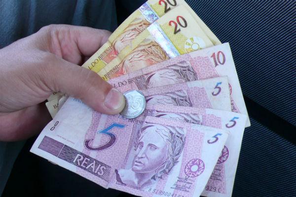 La inflación acumulada en Brasil en un año ya supera la meta del gobierno