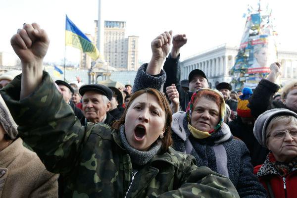 La UE aprueba sancionar a otras 11 personas por la crisis en este de Ucrania