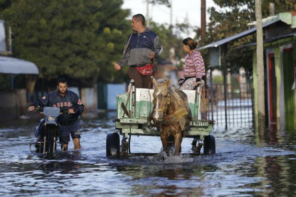 Caudal del río Paraguay empieza a bajar de nivel en Asunción