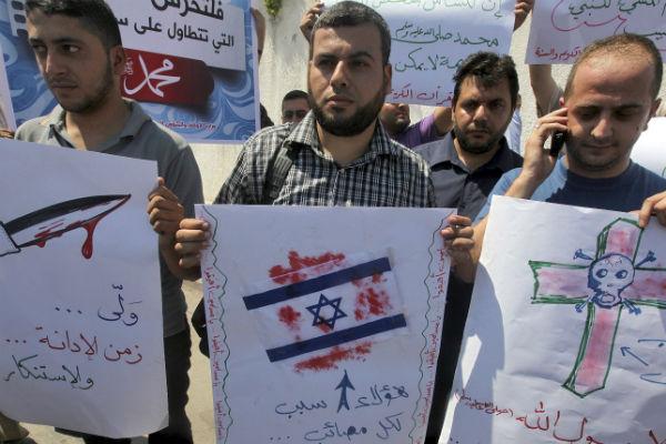berln-entre-el-dilema-de-atajar-todo-brote-antisemita-y-el-horror-por-gaza