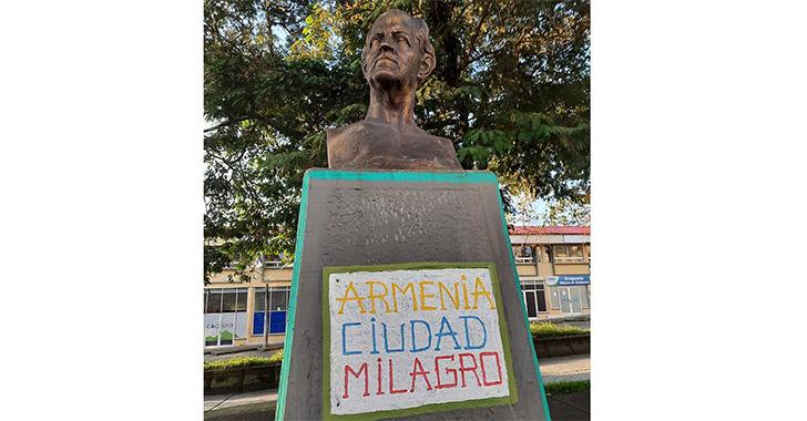 Vandalizan los monumentos en Armenia