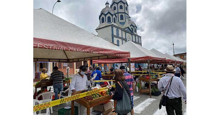Mercados campesinos, canal de ventas de los productores locales