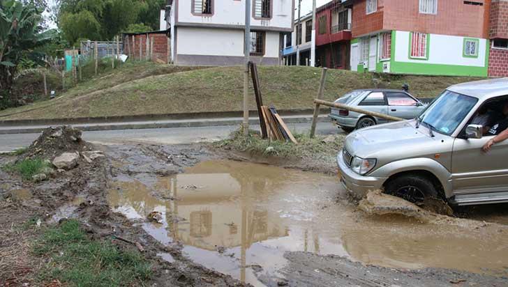 arreglo-entre-el-barrio-portal-de-pinares-y-glorieta-malibu-empezara-en-enero