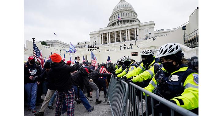 Un herido de bala en el asalto de seguidores de Trump al Congreso de EEUU