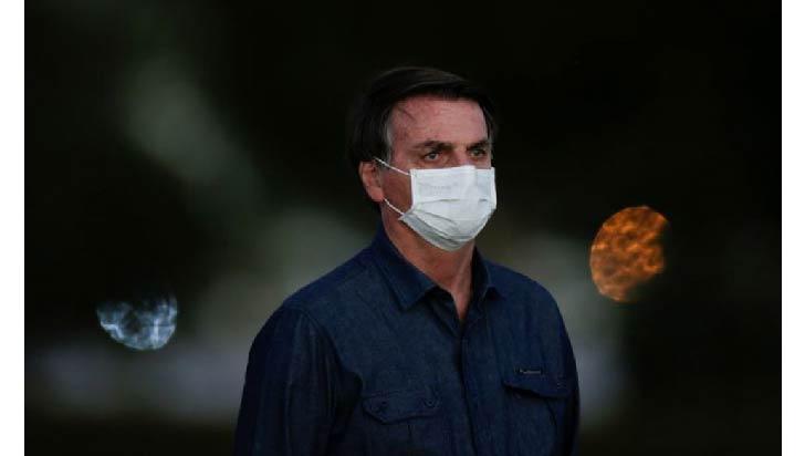 """Bolsonaro pide por carta que India envíe con  """"urgencia"""" dosis de la vacuna"""