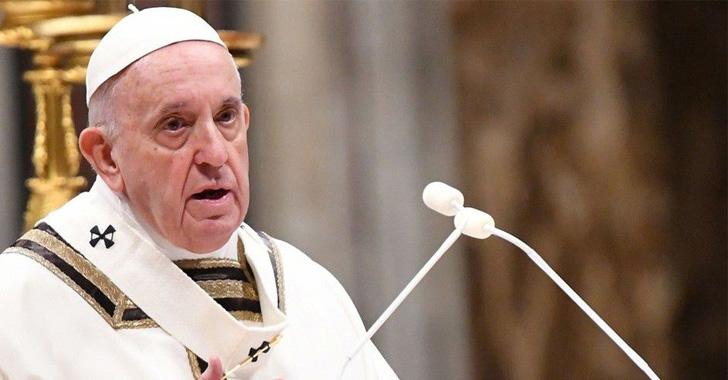 El papa critica las carencias sanitarias que ha puesto en evidencia la covid