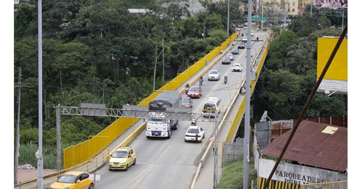 Puente de La Florida podría tener mejoras en su infraestructura para evitar suicidios