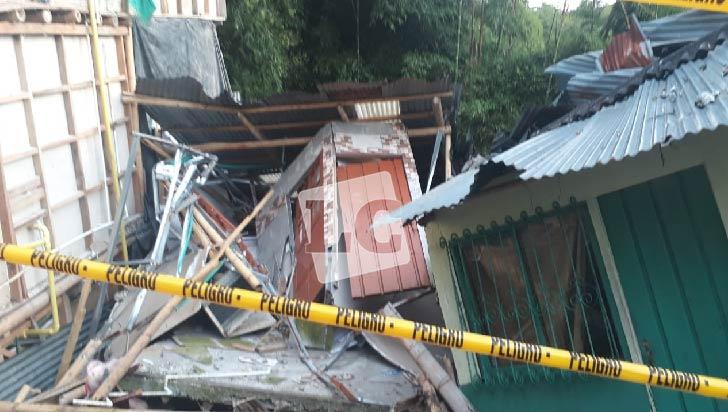 Colapso de 2 viviendas en Calarcá no dejó heridos ni muertos