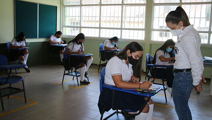 El 30 % de la planta docente dicta clases virtuales, el resto está en paro