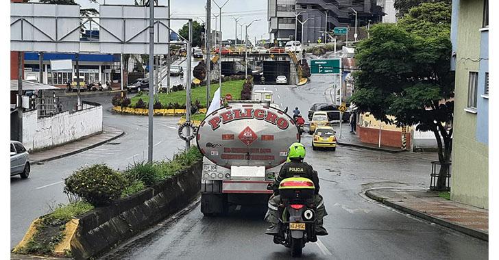 Se termina bloqueo de transportadores de combustible