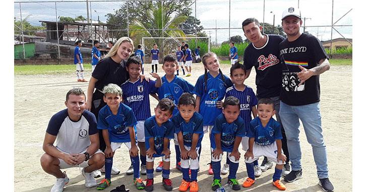 Fútbol con sentido social, objetivo del barrio Los Almendros