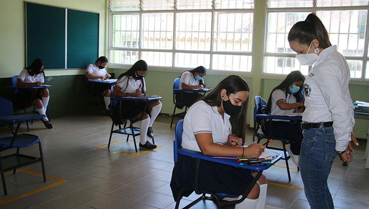 El 68 % de docentes del Quindío ha recibido primera dosis contra la Covid-19